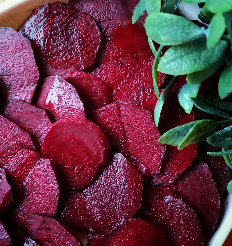 punajuuri-perunalaatikko